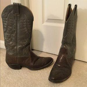 Rare vintage exotic leather Nocona cowboy boot 8.5